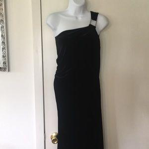Black velvet one shoulder dress Size 10